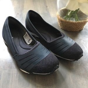 Cute Puma Ballet Flat Sneakers 6.5
